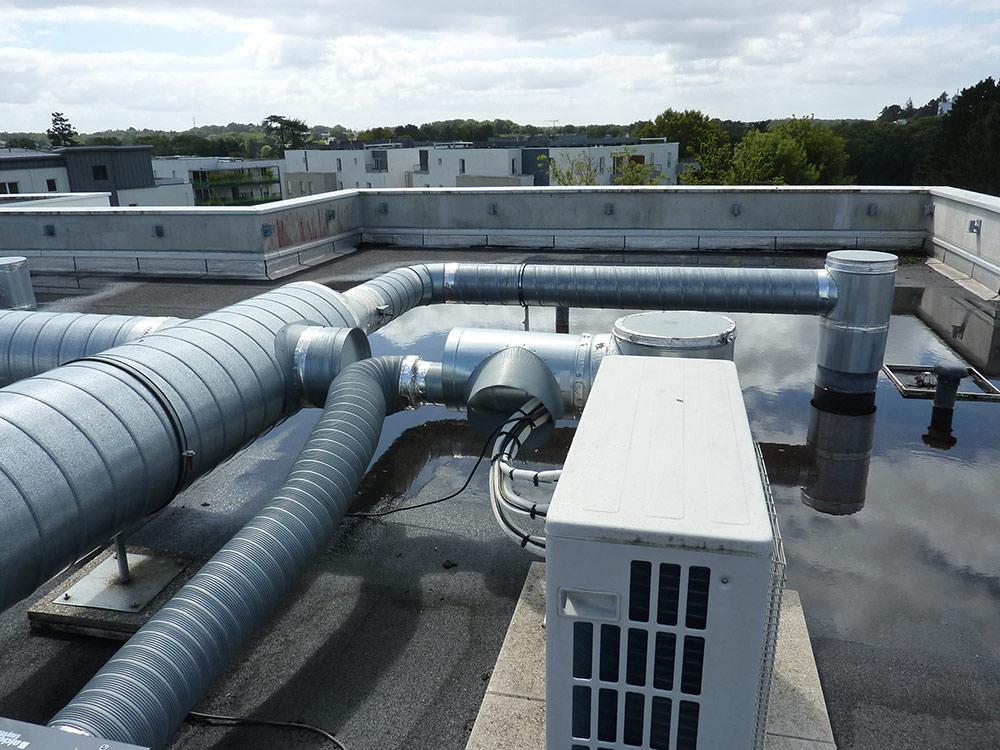 climatisation Nantes ECPR toiture enseigne optique 44